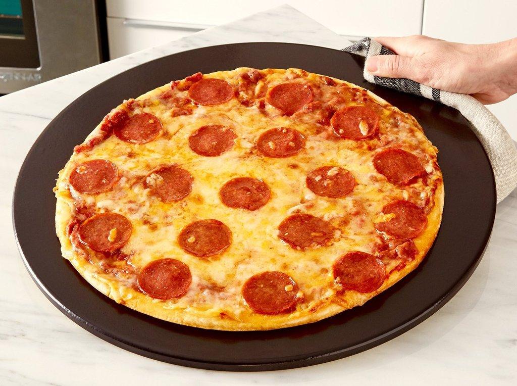 Heritage Black 15-inch Ceramic Pizza Stone